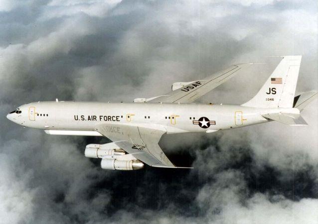 E-8C侦察机