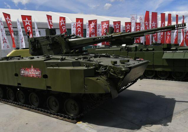 """""""偏流-防空""""机动式高射炮系统"""