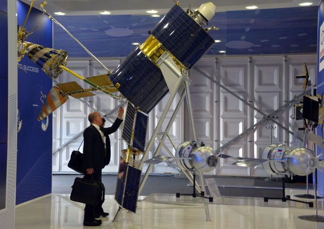 俄启动建立新卫星通讯系统