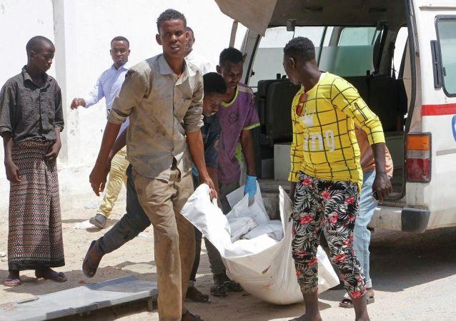 索马里爆炸案造成90多人死亡