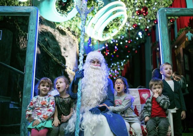 童话中的冰雪老人:孩子过新年时的主角