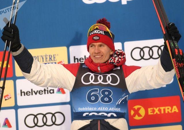 俄滑雪运动员波尔舒诺夫(资料图片)