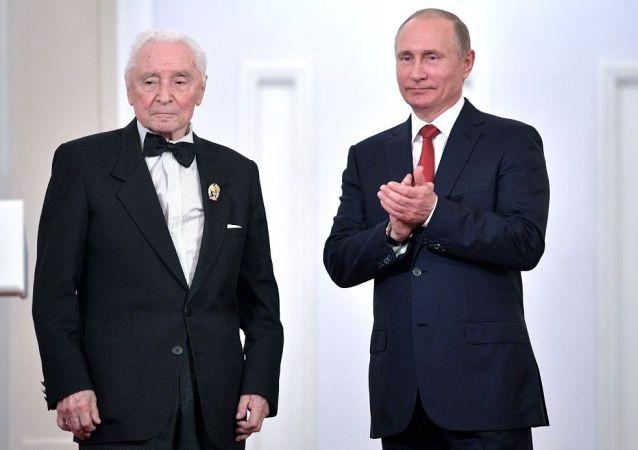 格里戈罗维奇和普京