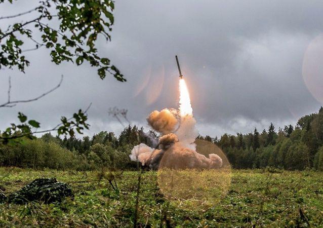 伊斯坎德尔导弹发射