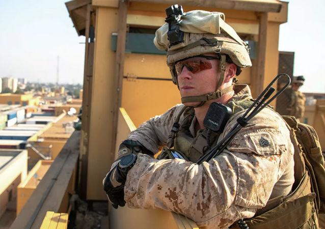 美海军陆战队员