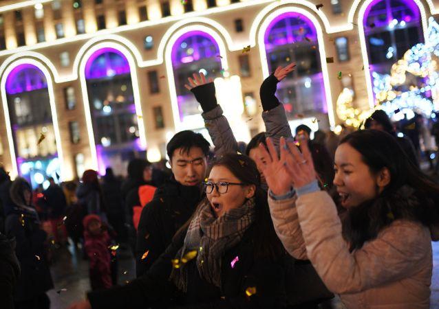 莫斯科市长:新年假期约500万名游客到访俄首都