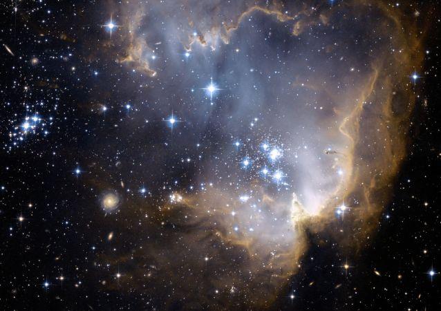 科学家:天空神秘闪光或是外星人的激光信号