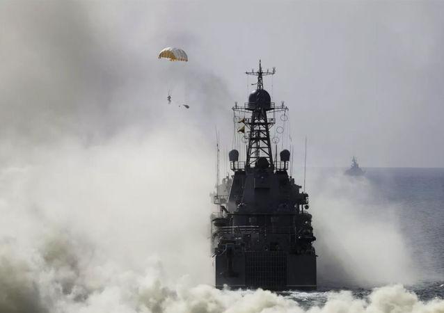 俄军黑海舰队发布消息称,俄海军战舰10年来将首次与北约国家在巴基斯坦海岸举行联合演习,时间定于2021年2月