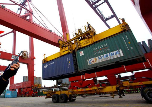 美国将延期90天征收部分进口商品的关税