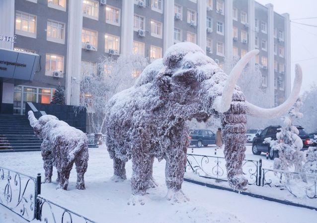 雅库茨克,猛犸雕塑