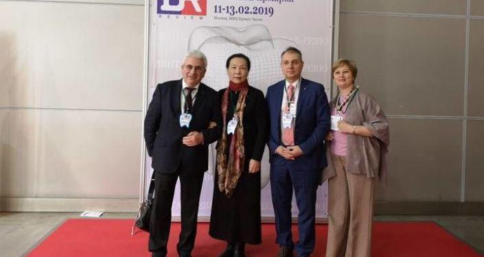 路玫教授受邀在全俄第六届口腔医学学术大会上发言介绍脐针治疗口腔溃疡