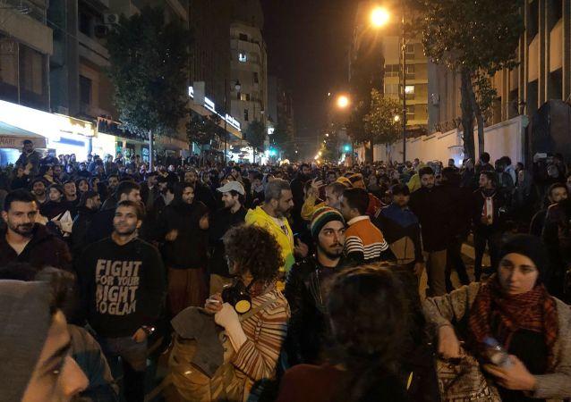 贝鲁特示威者