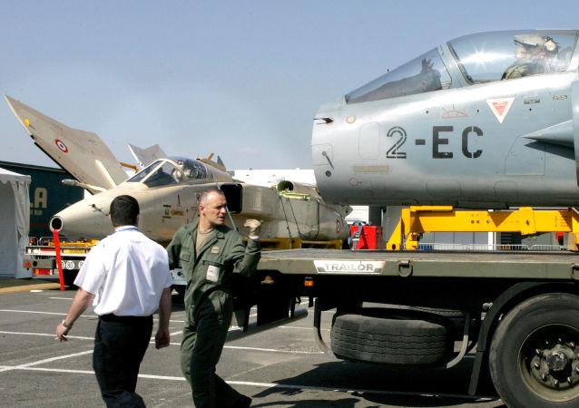 """马克龙宣布法国""""美洲虎""""特种部队已部署中东"""