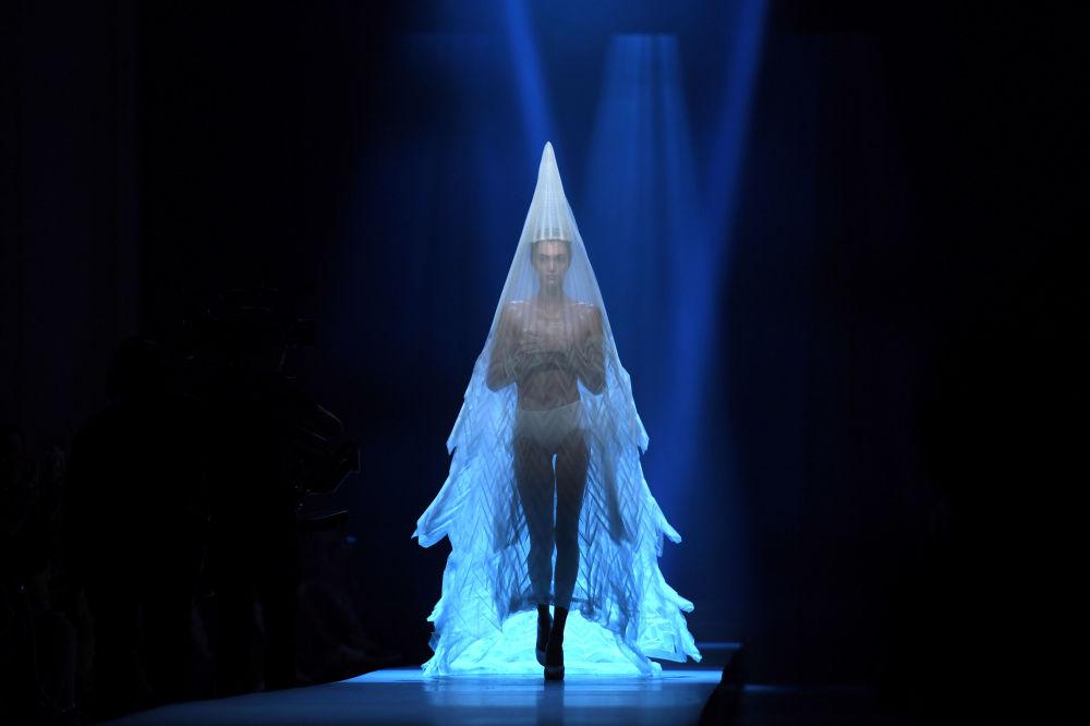 让-保罗·高缇耶时装秀