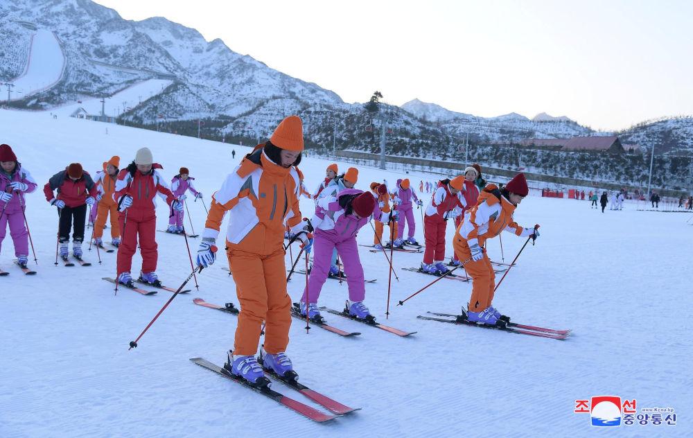朝鲜阳德温泉文化休养地开业