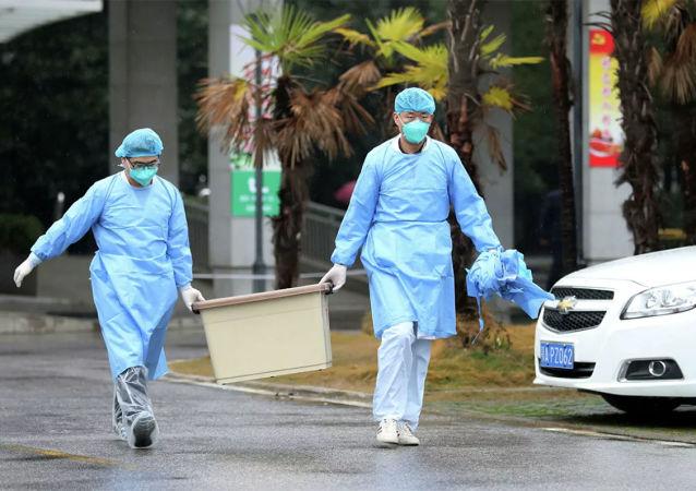 媒体: 江西首例治愈患者出院