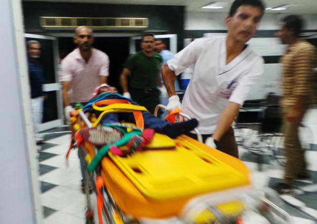 媒体:埃及一辆卡车撞向14辆停着的汽车 至少16人丧生