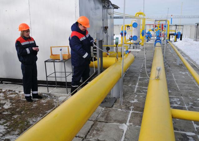 """奥伦堡州""""联盟""""输气管道受损致使对哈萨克斯坦供气中断"""