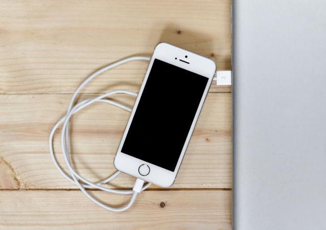苹果反对统一所有智能手机的充电设备