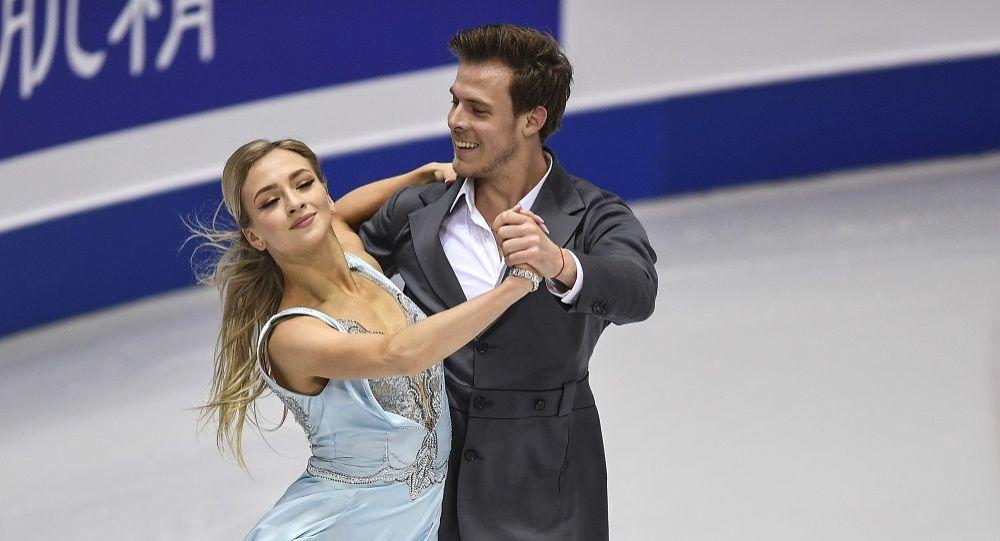 内存卡突然��.#yai_俄花滑选手西尼齐娜和卡察拉波夫在欧锦赛冰舞中获胜