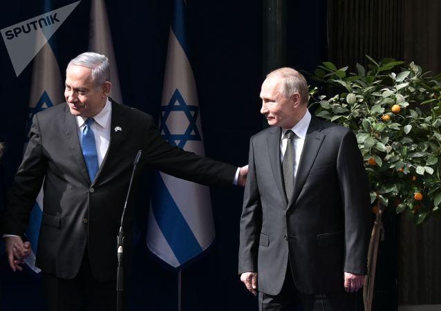 内塔尼亚胡与普京交谈时指出苏联对解放欧洲做出过决定性的贡献