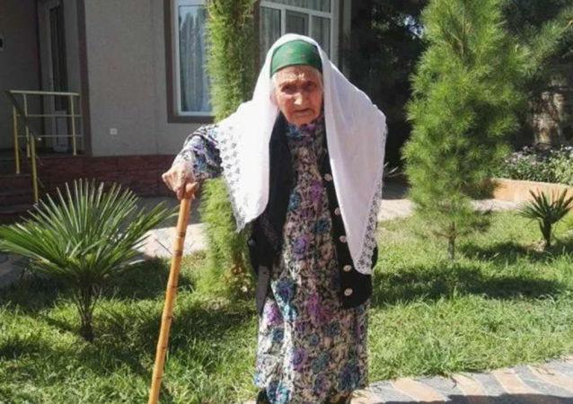 福吉玛·米尔佐库洛娃