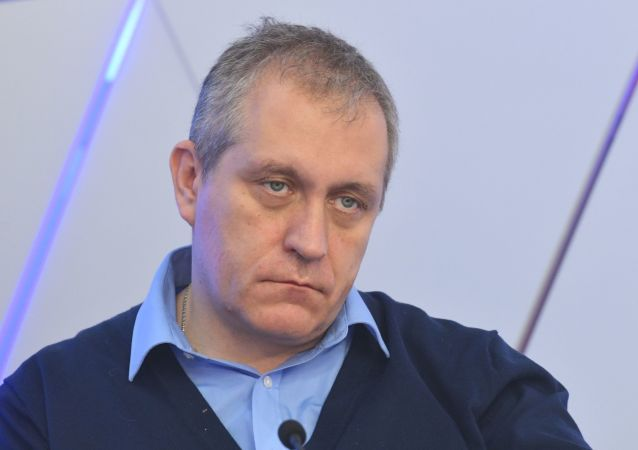 鲍里斯∙梅茹耶夫