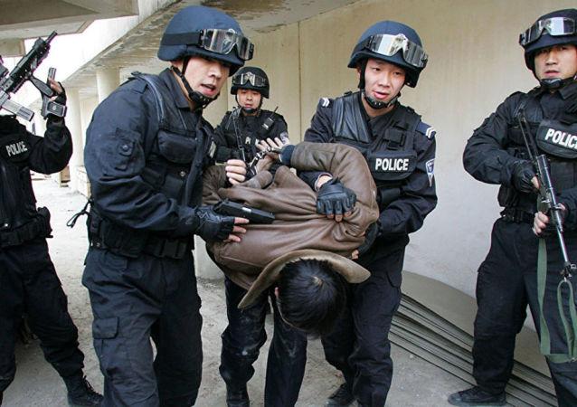 新疆警方抓获恐怖分子 资料图