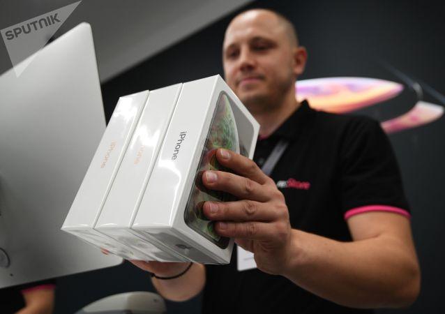 俄媒:冠状病毒或导致俄罗斯出现中国智能手机短缺