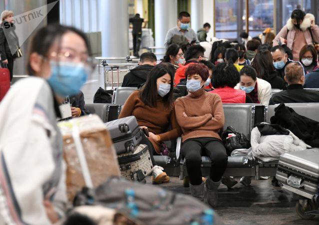 俄消费者权益保护局局长:300多万乘飞机抵俄人士接受新型冠状病毒检查