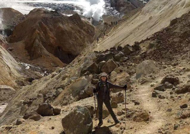 张丹丹在堪察加的火山上