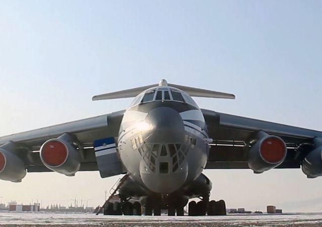 俄国防部:俄空天军首架飞机已经搭载俄公民从武汉起飞回国