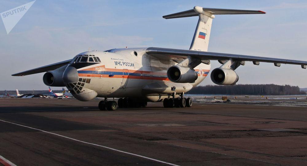 伊尔-76运输机