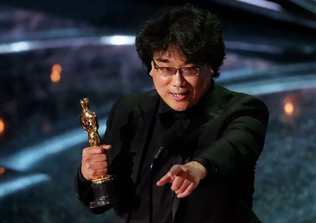 韩国影评人谈电影《寄生虫》打动美国电影学院的原因