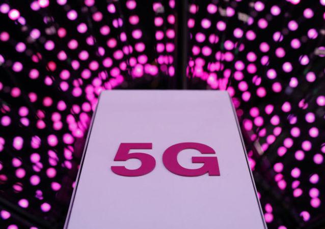 日本索尼发布首款5G旗舰智能手机
