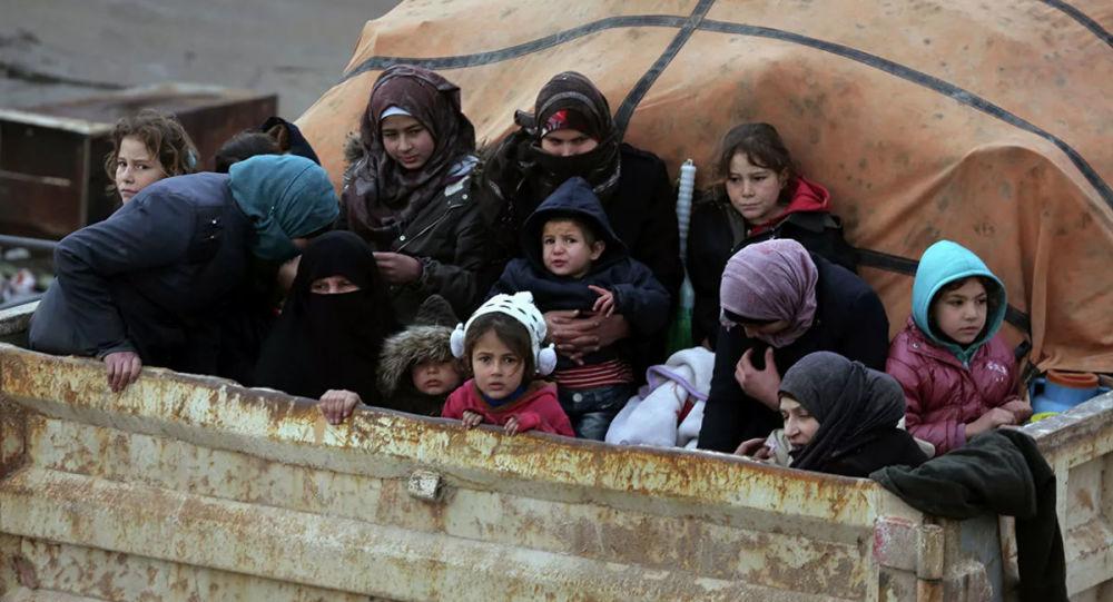难民在叙利亚伊德利卜省