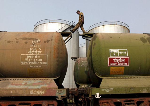 印度或从中国对原油需求减少中受益