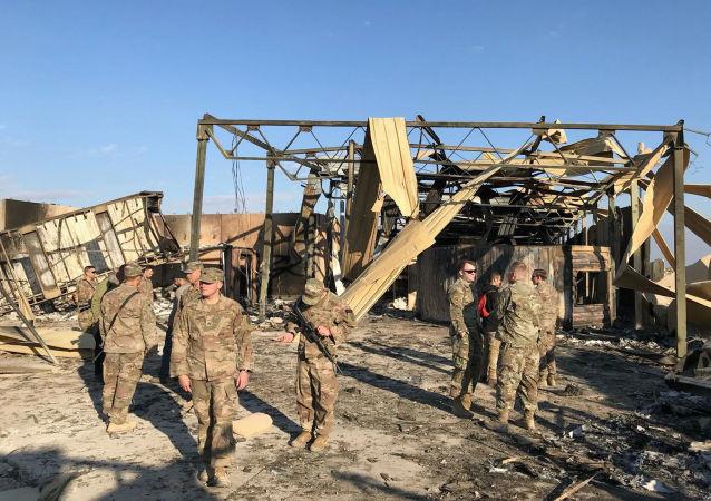 媒体:10枚火箭弹射向伊拉克西部的军事基地
