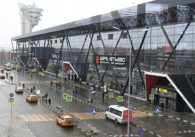 俄总理签署法令拨款109亿卢布扶持各机场