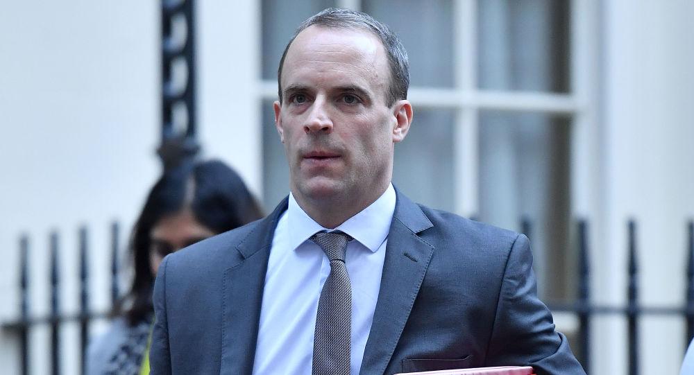 英国外交大臣威胁将就涉港国安法对中国作出回应