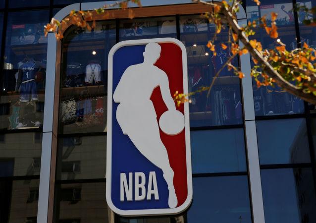 NBA火箭队总经理莫雷辞职引发中国网友热烈讨论