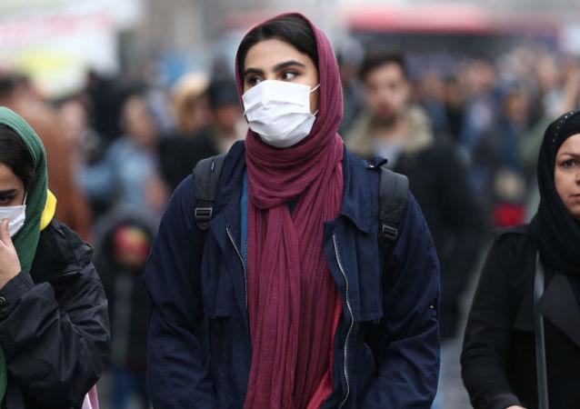 伊朗当局承诺将对贮存医用口罩经销商施以严厉惩罚