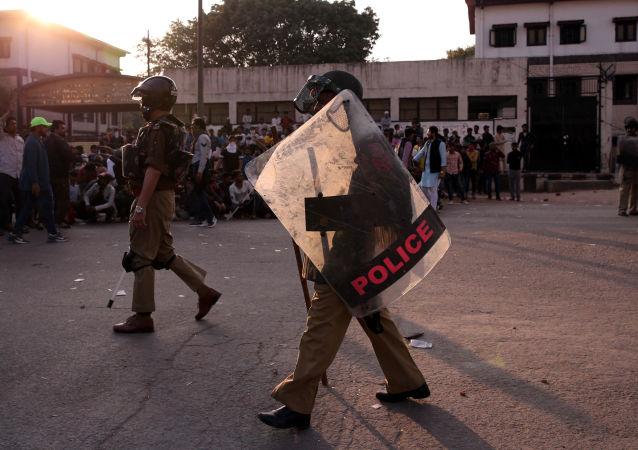 媒体:印度警方打死4名毛派分子