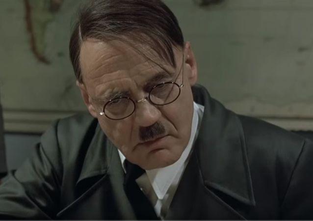 因希特勒的梗遭解雇的英国石油公司工人赢回工作