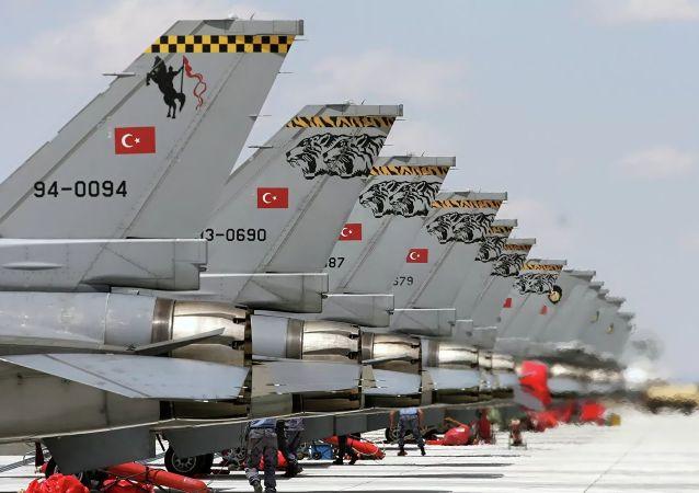 土耳其空军飞机