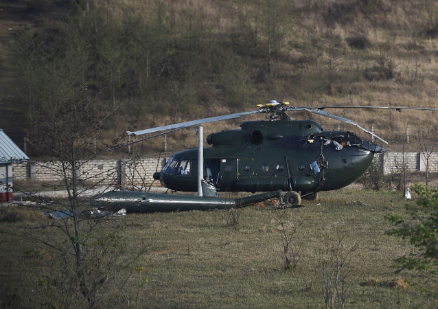 一架军用直升机在缅甸坠毁 无人死亡