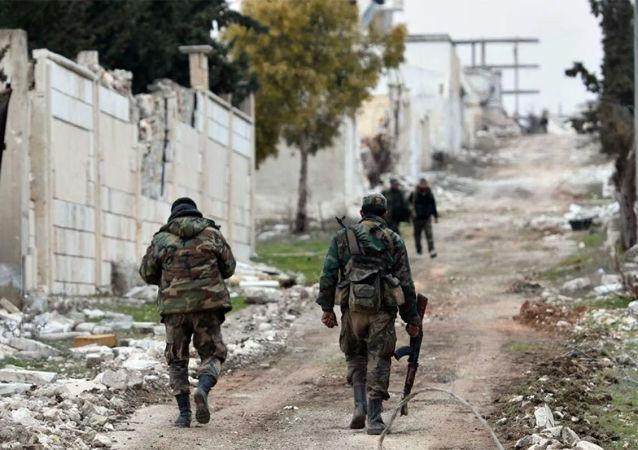叙军人在阿勒颇发现生产土制武器作坊