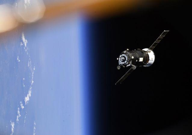 """欧洲宇航员乘坐""""联盟""""号飞往国际空间站的飞行或通过与俄以物易物方式进行"""
