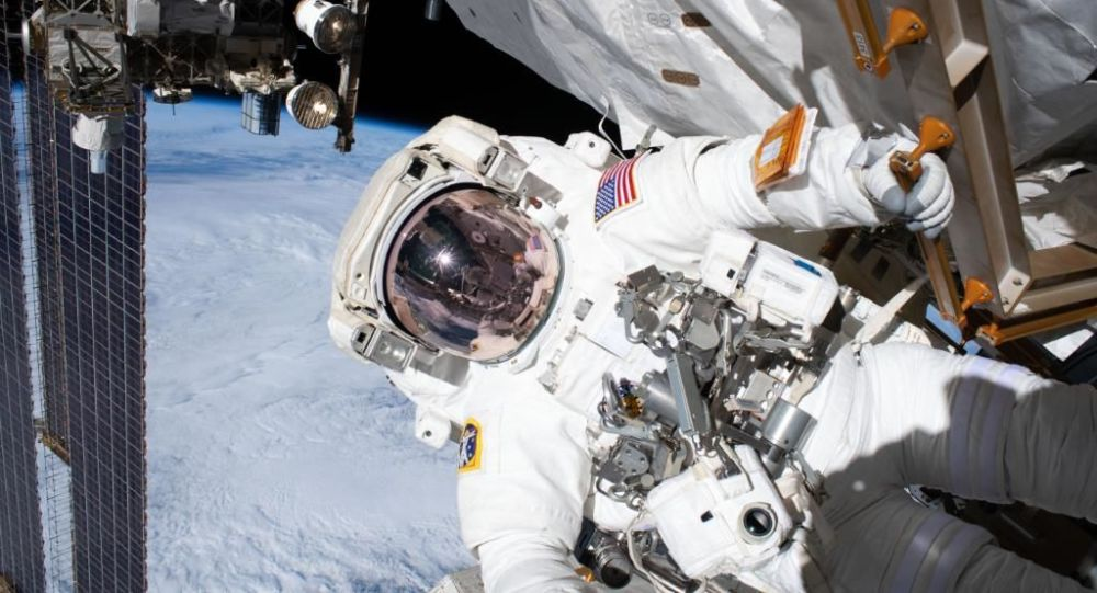 太空旅客将可以首次在环地轨道迎接新年
