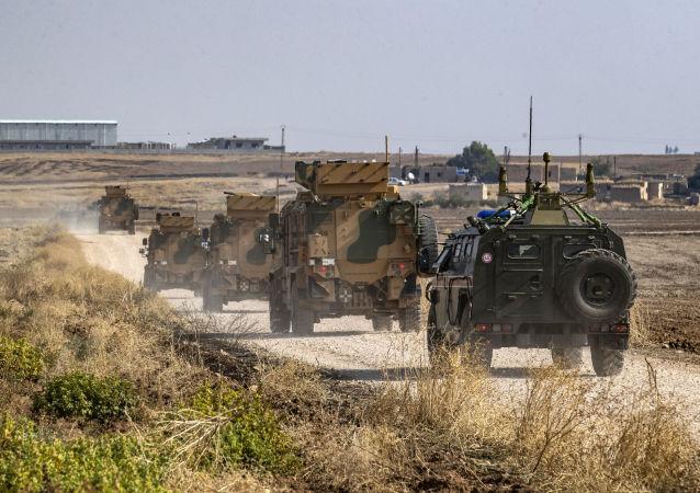 俄罗斯与土耳其对伊德利卜省M-4公路实施第12次联合巡逻